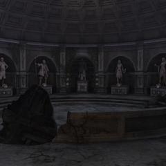 现代圣堂里所见的刺客雕像