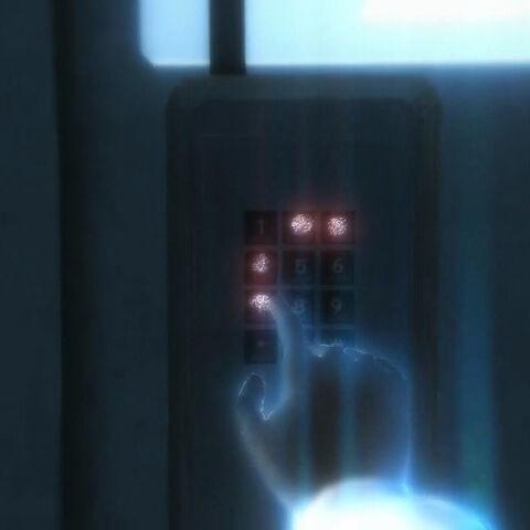 戴斯蒙德使用鹰眼视觉发现键盘密码