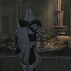 Ezio auprès de la grande fontaine