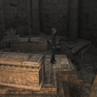 2012年时的墓穴