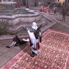 Ezio humiliant Santino au pied de la fontaine du Panthéon