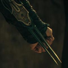 玛丽亚的双尖剑