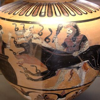 一幅公元前6世纪的绘画,描绘了赫拉克勒斯把地狱三头犬带到了欧律斯透斯面前