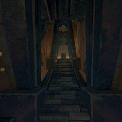 离开密室的楼梯