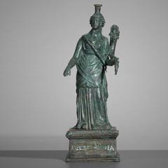 法罗斯灯塔的保护者伊西斯·法里亚(Isis Pharia)的雕像
