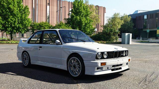 File:BMW M3 E30 Group A (Alpine White I).jpg