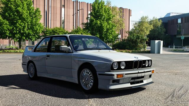 File:BMW M3 E30 (Salmon Silver Metallic).jpg