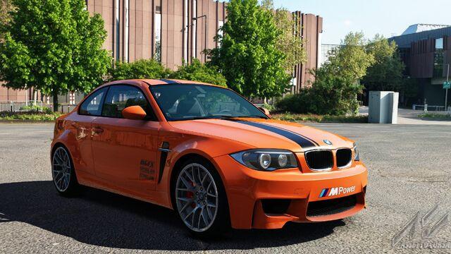 File:BMW 1M E82 (Inferno).jpg