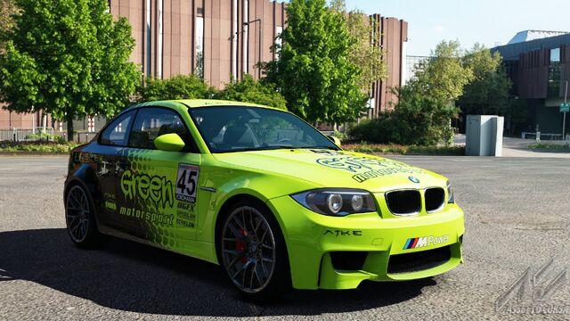 File:BMW 1M E82 (Green Motorsport).jpg