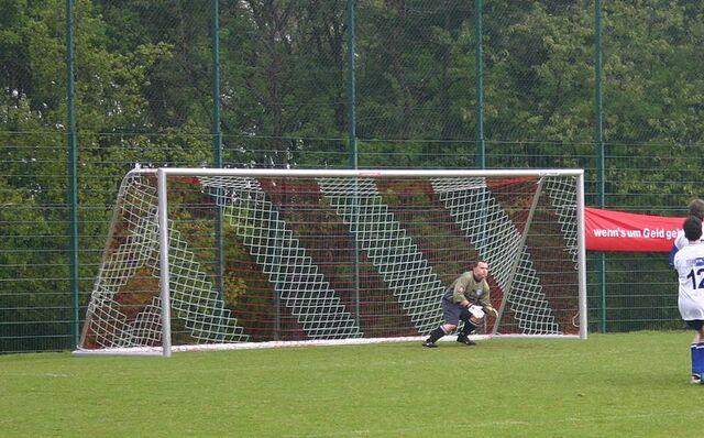 File:Football goal 20050521.jpg