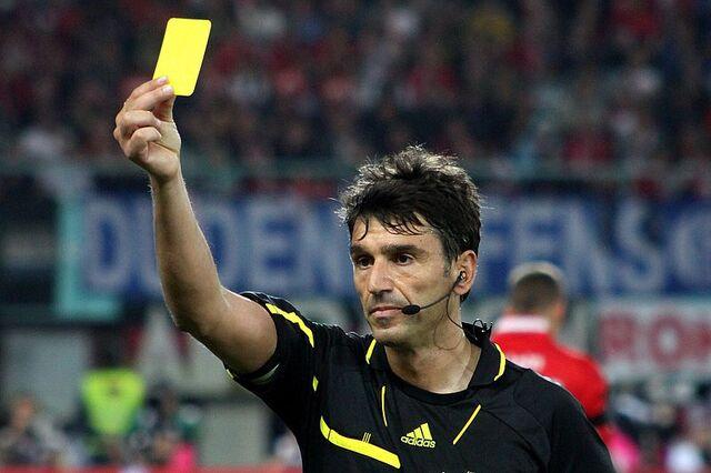 File:800px-Massimo Busacca, Referee, Switzerland (10).jpg