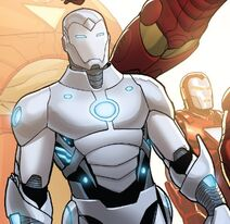 Iron Man Armor Model 50 from Invincible Iron Man Vol 2 4 001