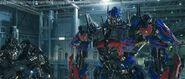 Transformers-Dark-Of-The-Moon-Movie-Screencaps-transformers-dark-of-the-moon-24194980-720-307