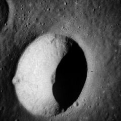 Krater Ångström