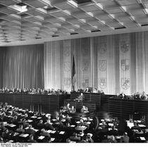 Bundesarchiv B 145 Bild-F091457-0002, Bundestag, Plenarsaal während Sitzung
