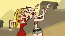 Blaineley colpisce Heather