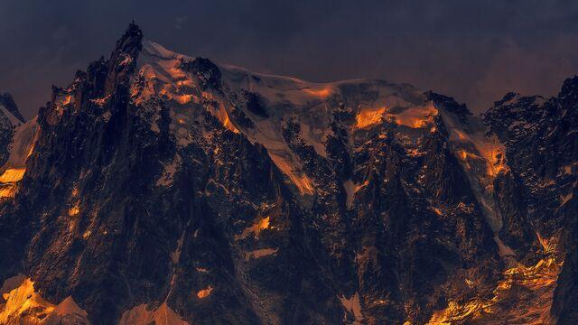 File:Thrashing cliff.jpg