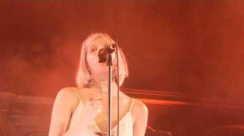 Aurora - Murder Song (5,4,3,2,1) (HD) - Union Chapel - 02.02.16