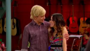 Auslly partners and parachutes