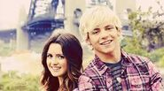 Laura Marano and Ross Lynch8