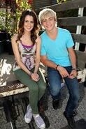 Laura Marano and Ross Lynch1