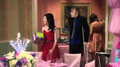 What Makes You Beautiful-One Direction Auslly