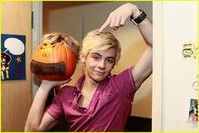 Austin-ally-pumpkin-carvers-pics-05