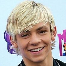 Ross Lynch4