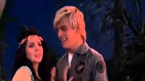 Austin & Ally - Heart of the Mermaid (Directors & Divas)-0