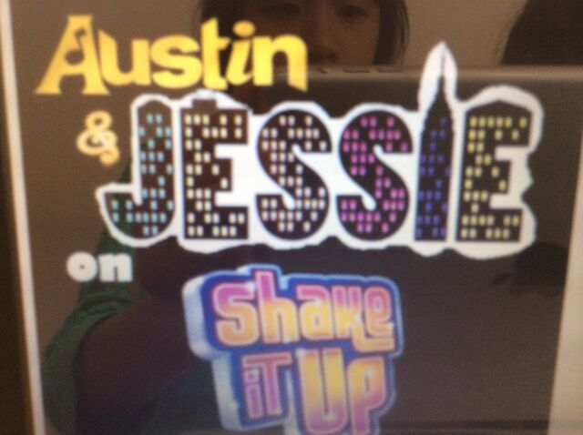 File:Austin, Jessie, Shake It Up.jpg