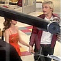 What-s-this-auslly-32301151-403-403