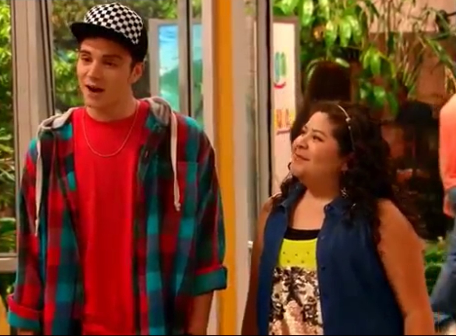 SHERRY: Who is dez from austin and ally dating