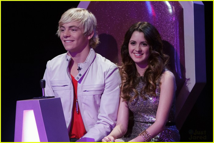 austin and ally are they dating in the show