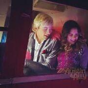 Austin & jessie & ally Auslly awesomley done