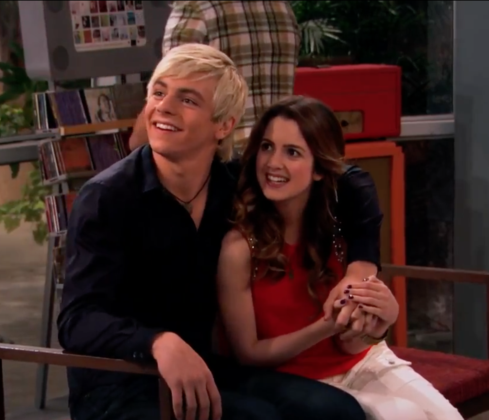 Is austin and ally really hookup