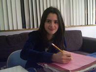 Laura-laura-marano-ally-31869849-737-552