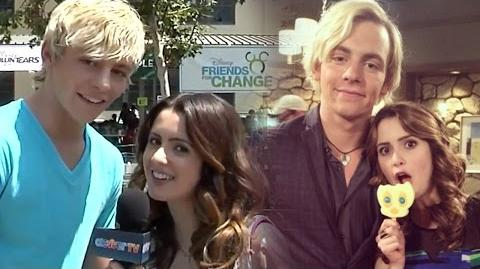 6 Best Raura Moments on Clevver