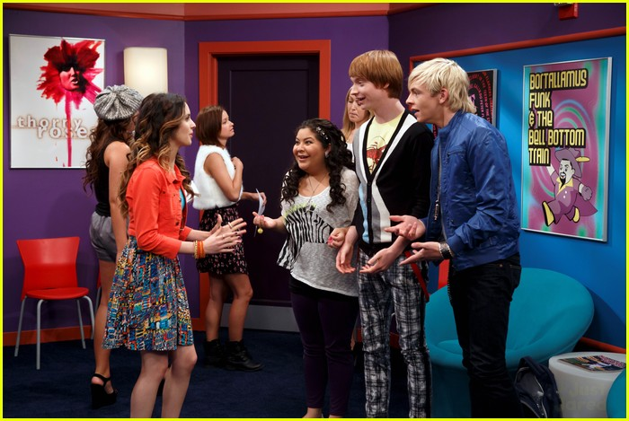 Austin & Jessie & Ally - All Star New Year - Theme Song ...