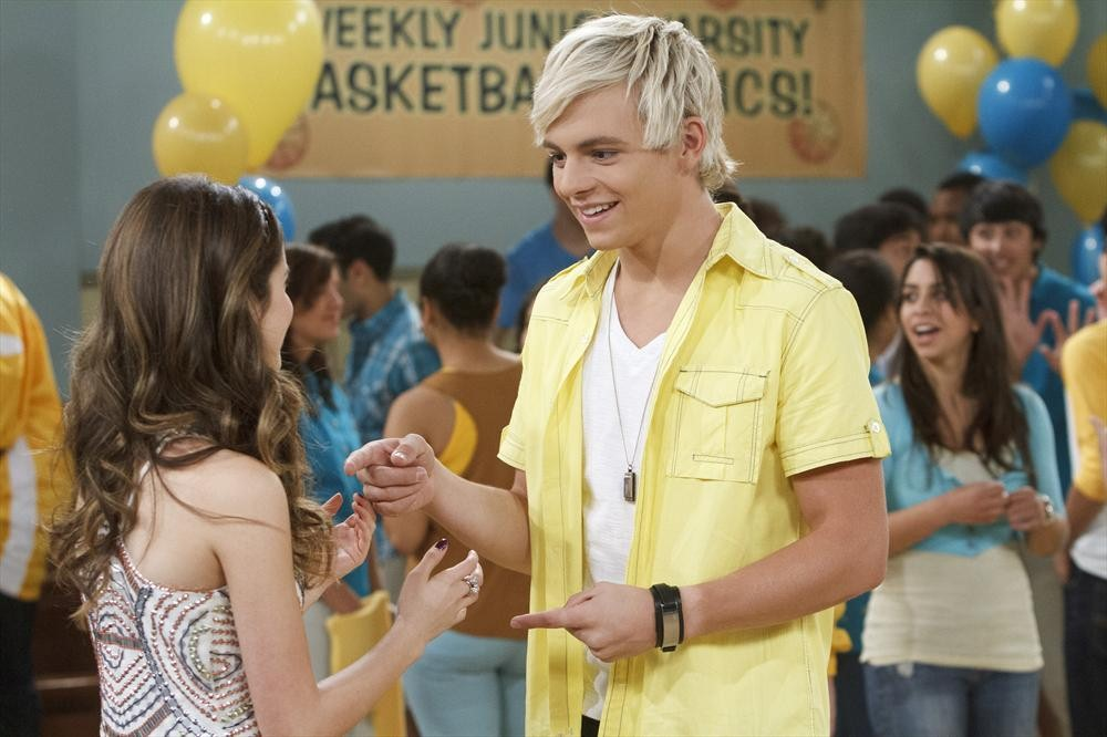 Austin and ally dating games