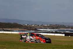 File:V8supercars-phillip-island-2016-james-courtney-holden-racing-team (3).jpg