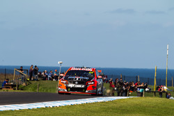 File:V8supercars-phillip-island-2016-james-courtney-holden-racing-team (1).jpg