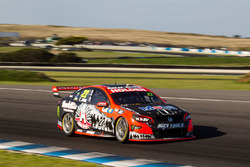 File:V8supercars-phillip-island-2016-james-courtney-holden-racing-team.jpg