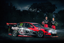 File:V8supercars-holden-hrt-anzac-tribute-livery-2016-garth-tander-james-courtney-holden-racing.jpg