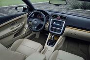 2011-VW-Eos-12
