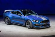 2016-ford-shelby-gt350r-mustang 100496767 l