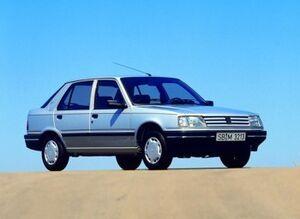 Peugeot309 1