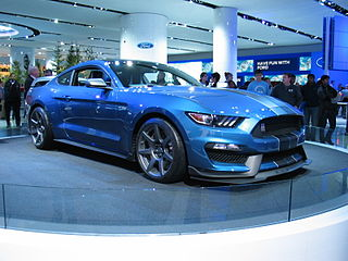 2016 Shelby GT350R front
