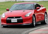 Nissan-GT-R 2008 15