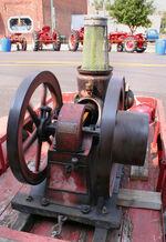 Moore-single-cylinder-gasoline-engine