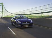Nissan-gt-r 2011 11
